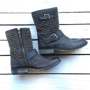 Steve Madden Monicaa studded black Harness Boots